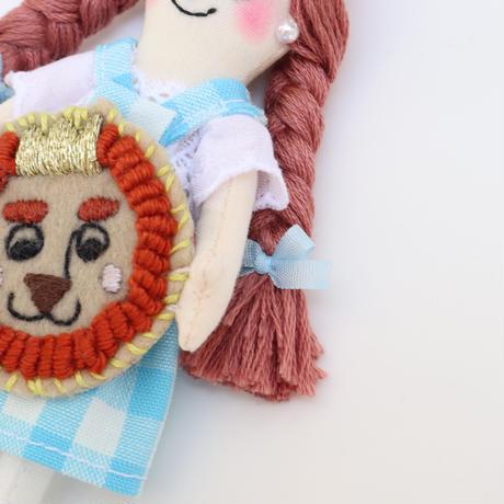 Wizard of Oz / Dorothy × Lion Doll Charm