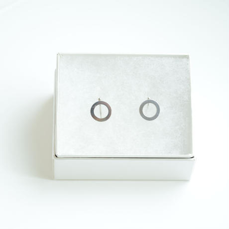 dot.小さなまるのイヤリング(シルバー)【E34-332S】