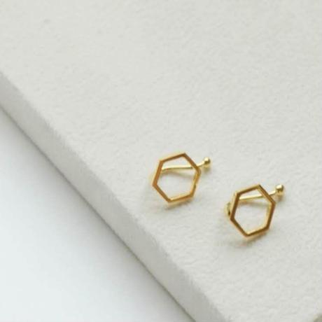 kikkou.小さな六角形のイヤリング