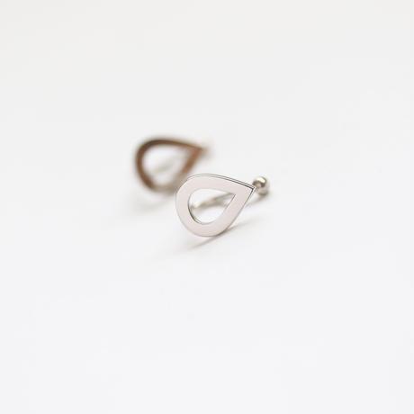 drop. 小さな雫のイヤリング (シルバー)【E42-332S】
