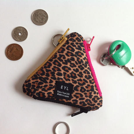 EYL triangle coin purse Leopard