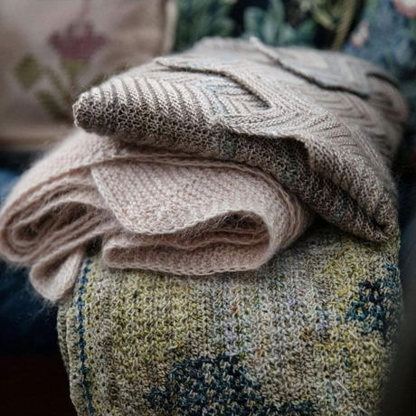 52weeks shawls by Laine magazine(英文)ご予約 数量限定です。