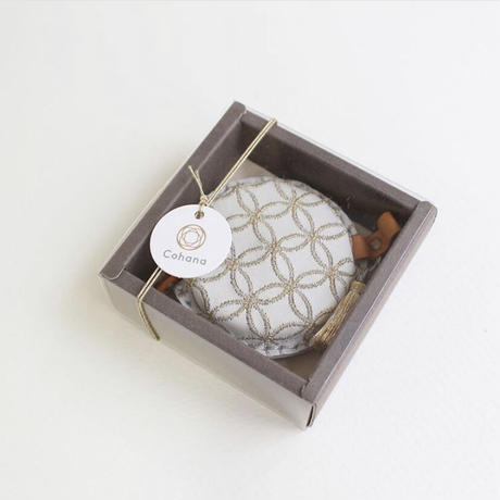 Cohana 七宝柄の刺繍巻尺 Winter Gold -冬季限定バージョン-