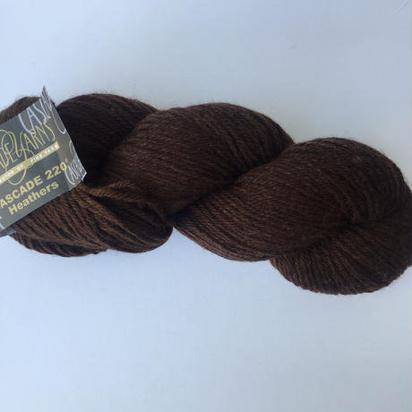 cascade 220 Heather 2431 Chocolate Heather