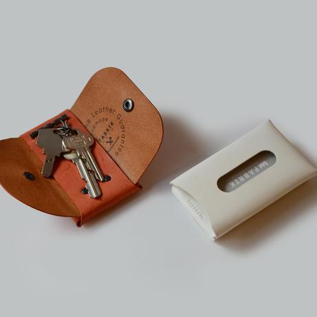 カードも入るキーケース    KEY CASE & CARD / DARK GREEN