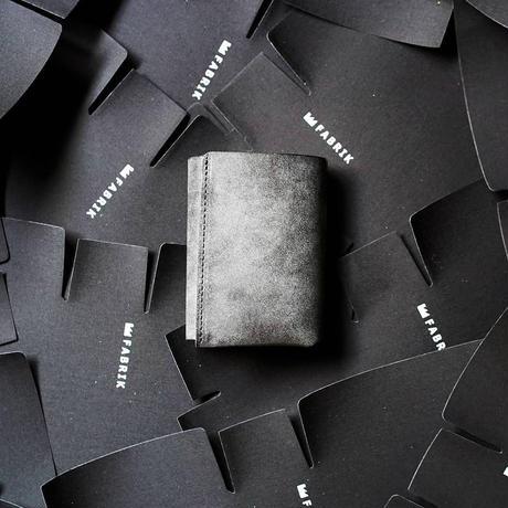 しっかり入ってコンパクトな財布 TRI-FOLD WALLET / BLACK
