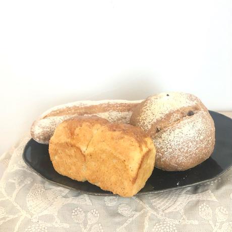 faire「5月のぱんセット」(Ensemble de pain de Mai)