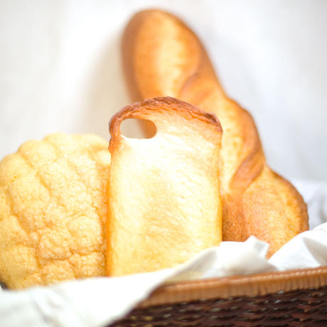 ハンドメイド〈iPhone7スマホケース〉妖精のトースト