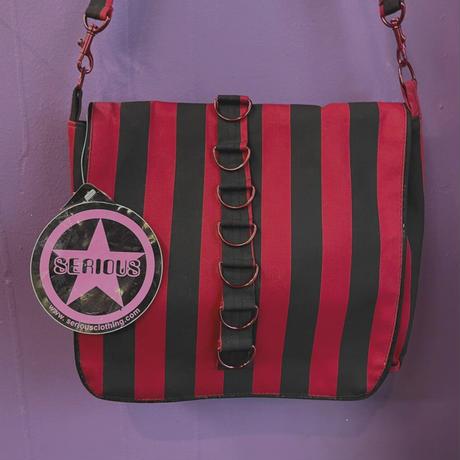 FAJ1327 vintage SERIOUS goth shoulder bag