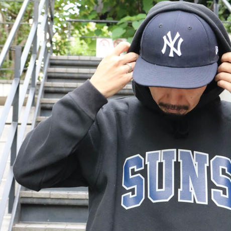 SUNS COLLEGE PULLOVER (NY BLACK) / LAST ONLY  ( L size )