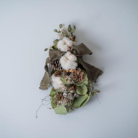 MELIDALINEN&Herbs「ドライフラワーのクリスマスタペストリー」