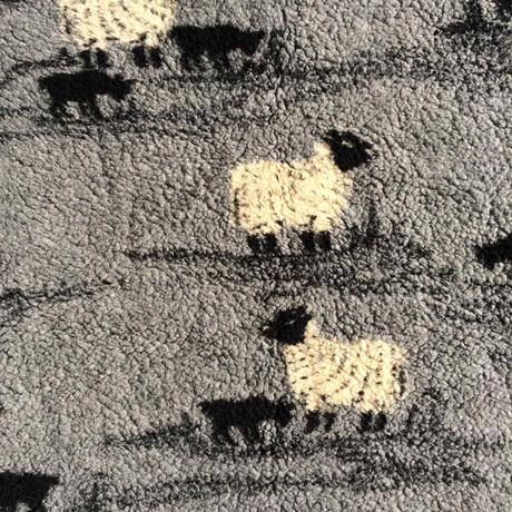 FARFIELD SHEEP&DOG FLEECE BLANKET