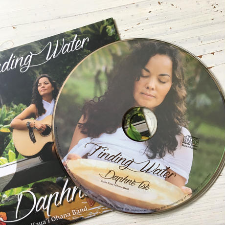 DAPHNE TSE   Finding Water  /  Soul  Songs