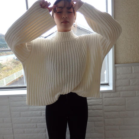 middle neck knit