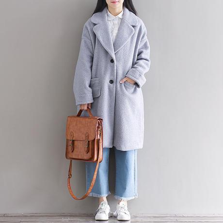 モコモコの記事とオーバーサイズがかわいいオーバーコート