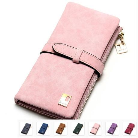 スエードの表面が大人可愛い長財布