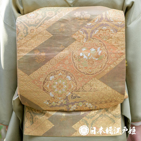 0447 袋帯 優品Aランク美品 正絹 薄茶色 幾何学 漆箔 瑞花文 宝相華 花菱 鴛鴦六通し 帯丈428cm