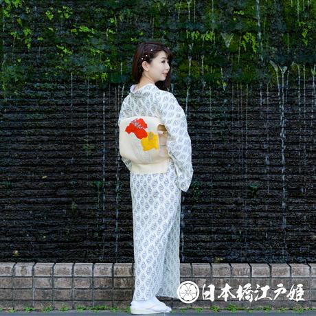 0587 夏物 小紋 Aランク美品 単衣 化繊 白 向い草花 身丈147cm