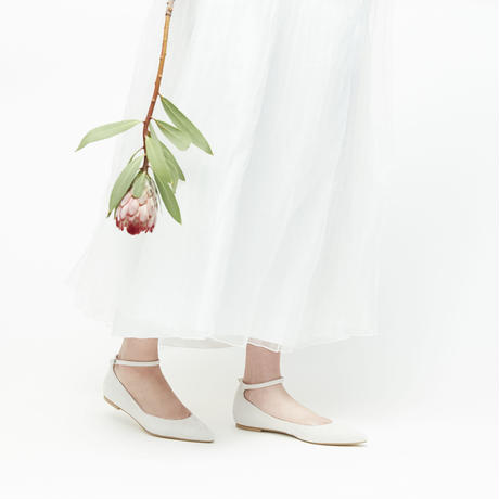 POINTED TOE ANKLE STRAP SHOES - IVORY