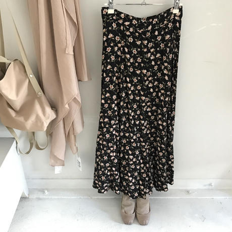 used floral flare long skirt
