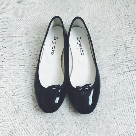 used  repetto  black enamel ballet shoes