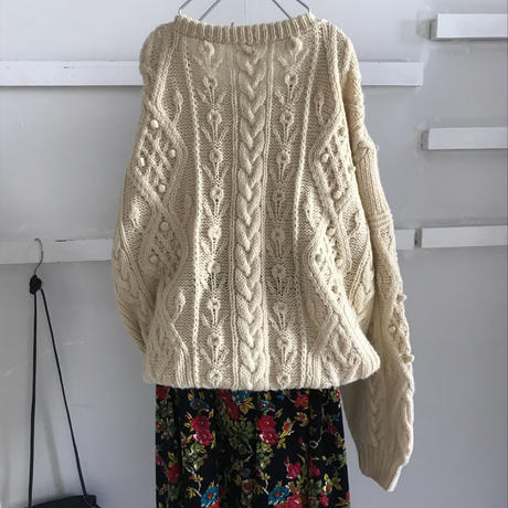 used écru knit