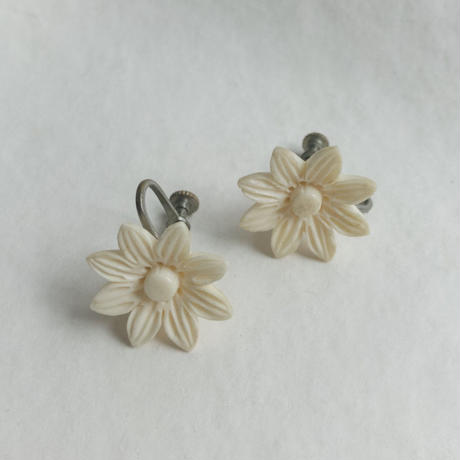 used flower earring