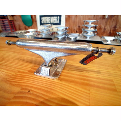 INDEPENDENT STAGE XI FORGED/TITANIUM 149(1セット(2個))