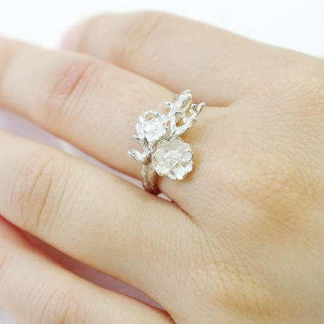 """""""bouquet ring"""""""