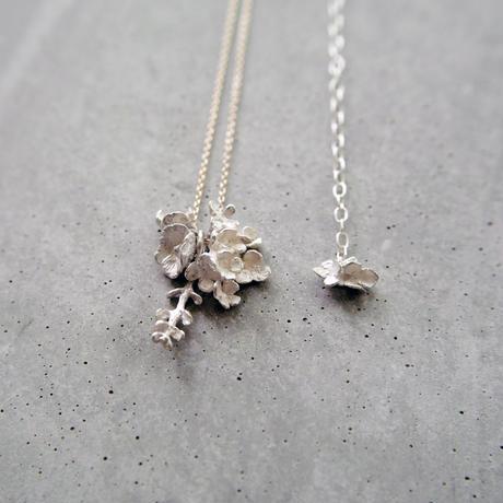 """bouquet necklace"" wh/K10 hydrangea+silverdallar+poppy"