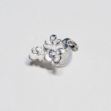 """""""pansy earring"""" wh ①/②"""