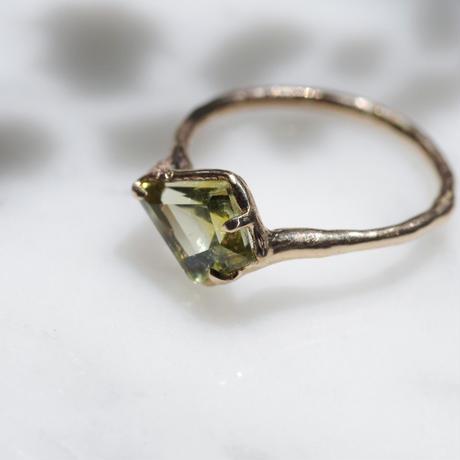moss ring クリソベリル