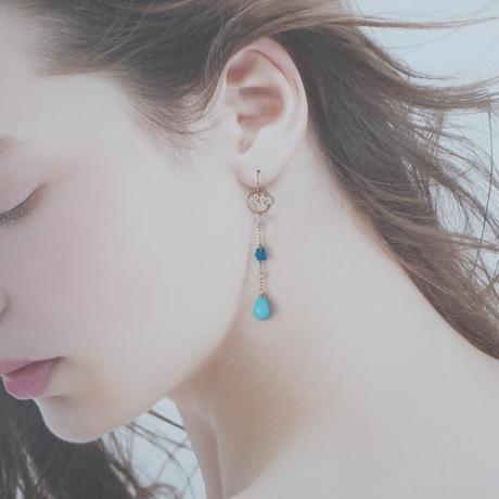 ターコイズとネオンアパタイト〜sea〜 ピアス/イヤリング
