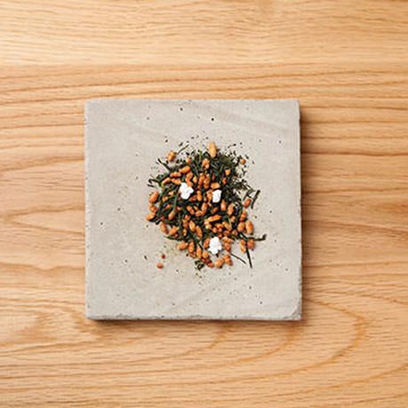 すすむ屋 茶店 / 玄米茶