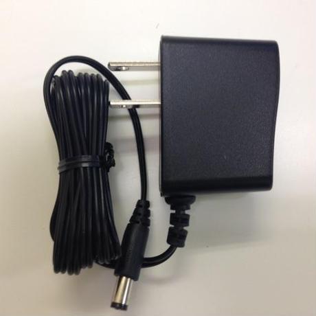 Pocketシリーズ専用 ACアダプター
