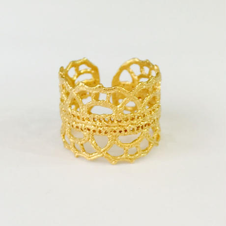 Lace arabesque ring (gold)---208