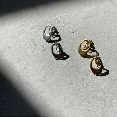 drop hoop earring (2color) [ACC20SS331]