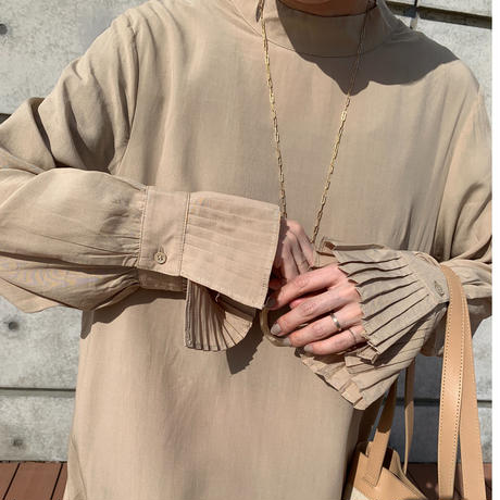 pleats one-piece (2color) [OP20AW611]
