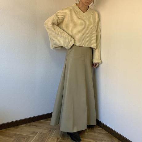v neck longsleeve knit (2color) [TUO19AW0181]