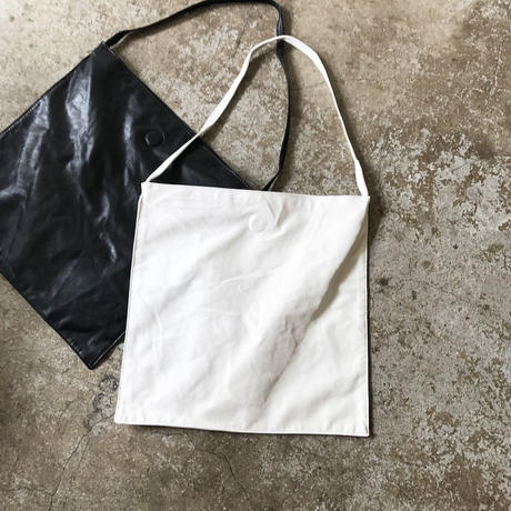 soft fake leather taught bag