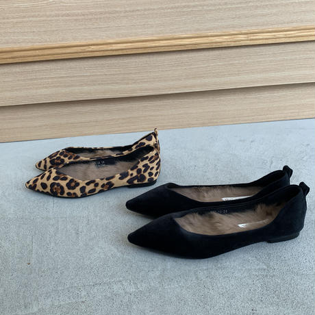 inner far pointed  flat shoes (2color)