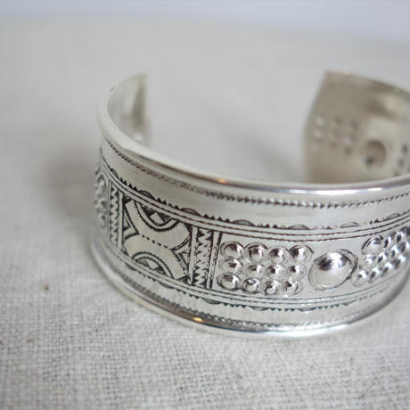 Touareg Silver bangle 18