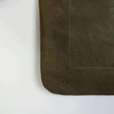 ARTS&CRAFTS FLAT SHOULDER (olive)