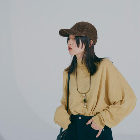 Asymmetry high neck  knit