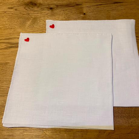 MUNGAI / ムンガイ/リネン チーフ/刺繍モチーフ/♡刺繍
