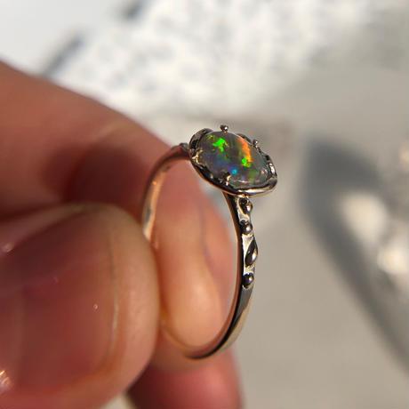 K10天然オパールリング0.36ct 7号☆オーストラリア・ライトニングリッジ産原石から磨いた1点もの!