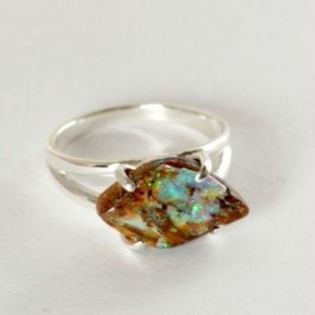 天然ボルダーオパール原石シルバーリング 12号☆青、緑色の遊色がキレイ!
