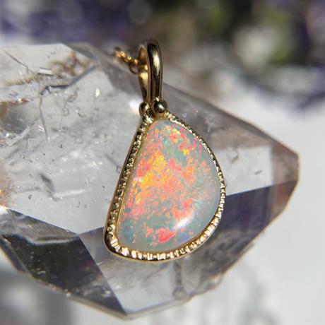 天然クリスタルオパールネックレス1.75ctオーストラリア・ミンタビー産原石から磨いた1点もの!