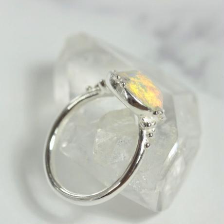天然オパール純銀リング2.68ctオーストラリア・ミンタビー産|10.5号☆原石から磨いた1点もの