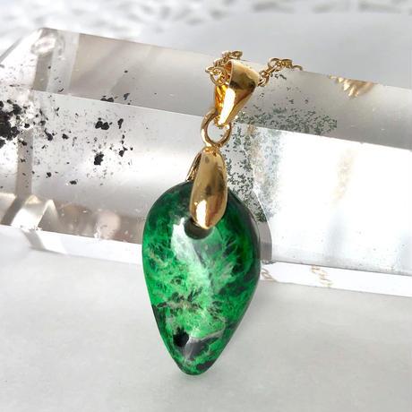 宇宙緑輝石☆天然コスモクロア14kgfロングネックレス6.32ct☆原石から磨いた1点もの!